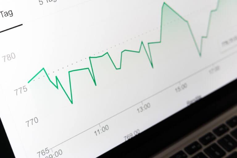 Presentamos los mejores cursos para empezar a invertir de forma indexada con fondos y ETFs